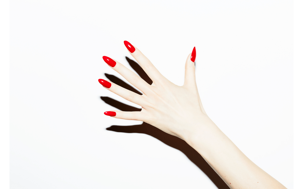 RETUSH Creative Retouching Candy Nails by Felix Krüger